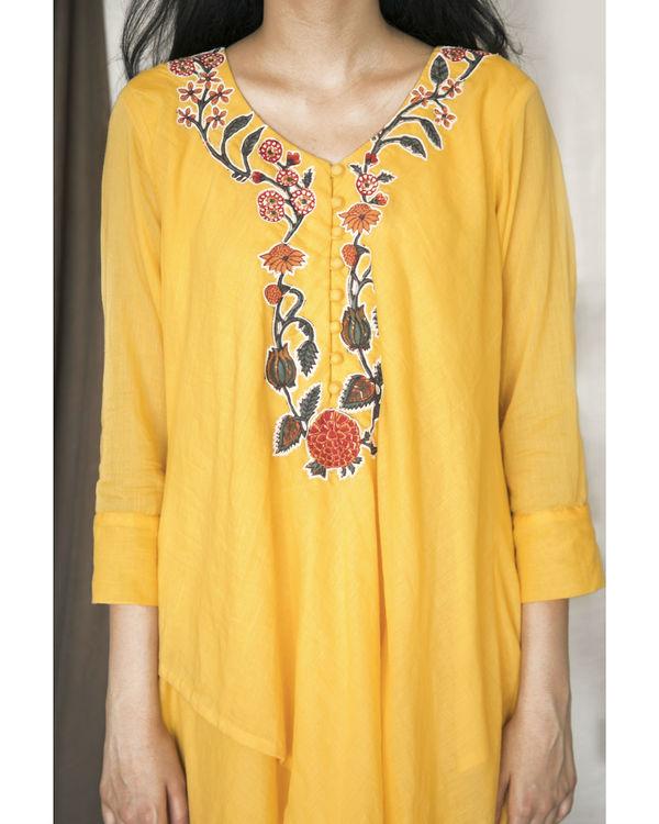 Yellow double layered kurta with pants 2
