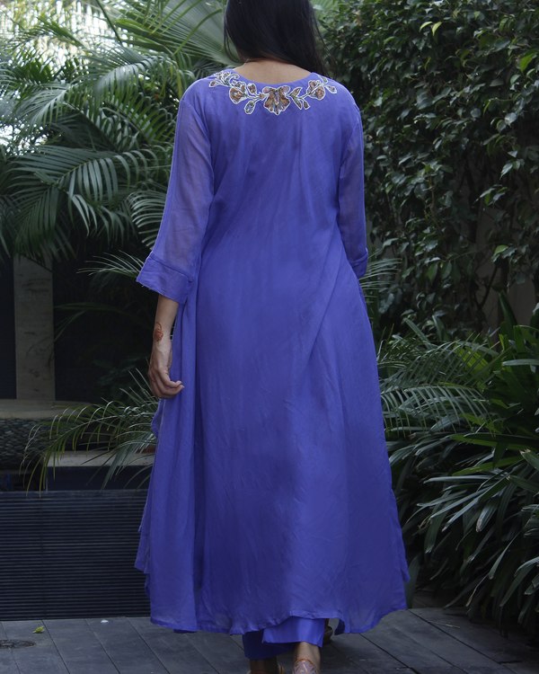 Blue double layered kurta with pants 2