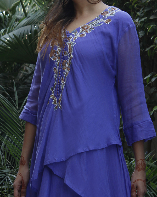 Blue double layered kurta with pants 1