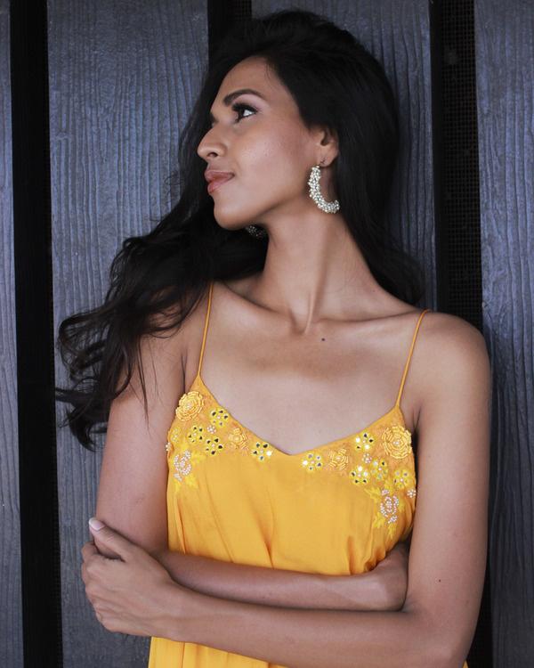 Sunset yellow strappy maxi dress 2