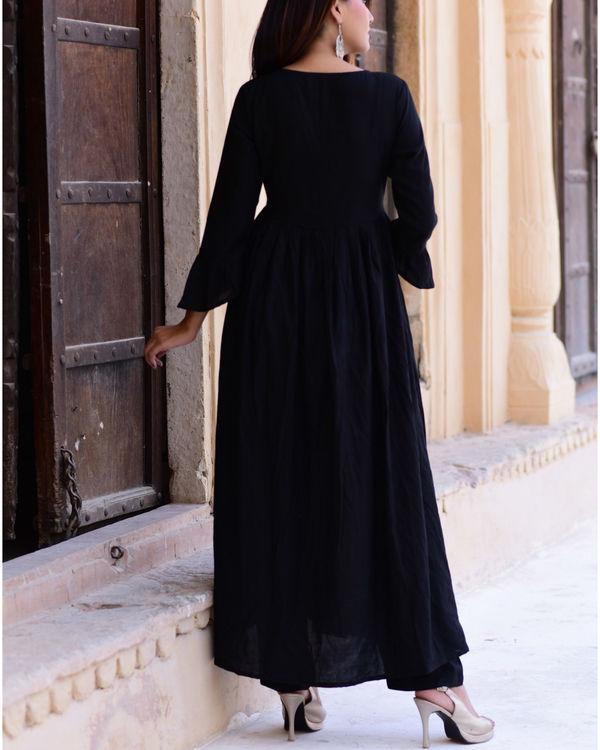 Black suit set with black gold dupatta 1