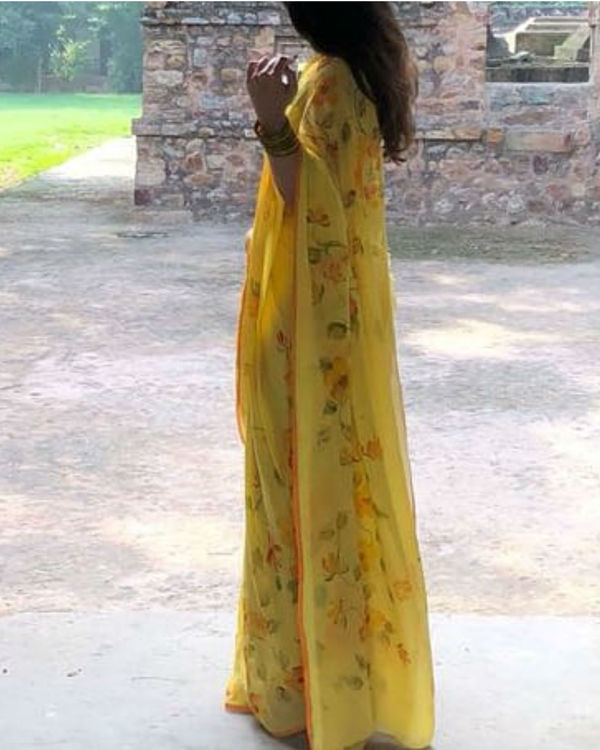 Sunshine yellow sari 1