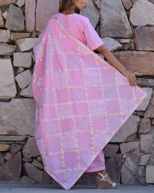 Baby pink kurta set with pink dupatta 2