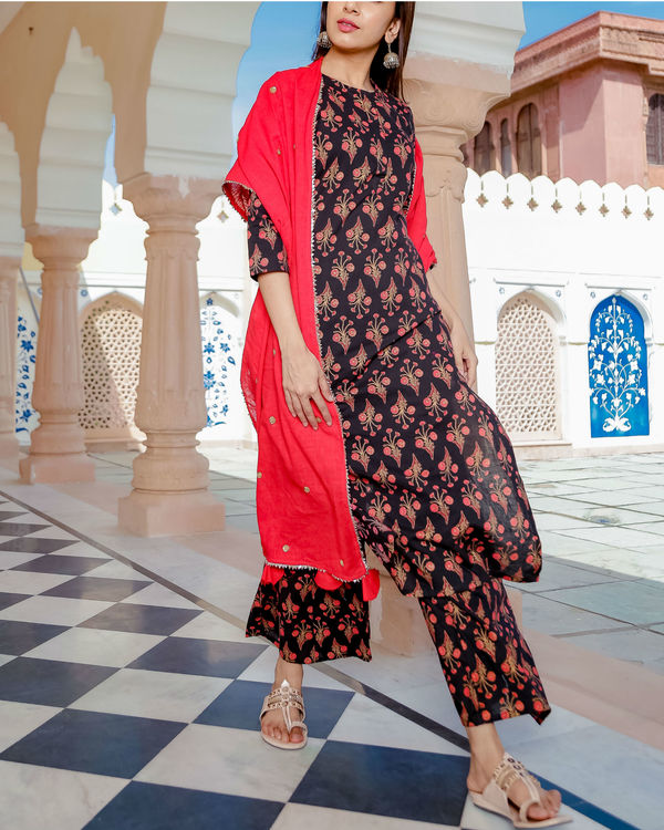 Black and red printed suit set 1