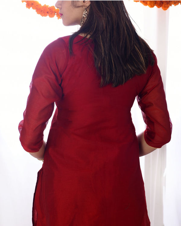 Red chanderi kurta set with dupatta 1