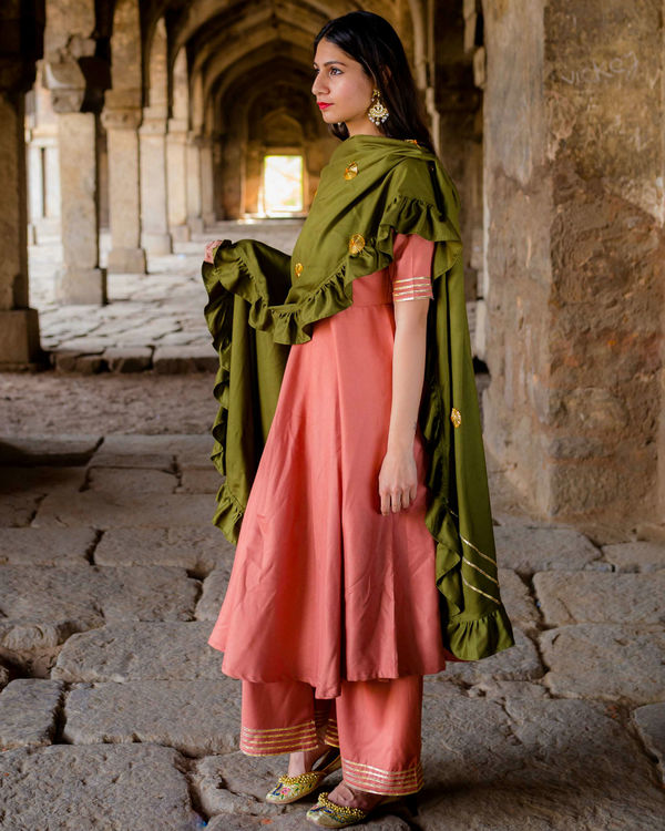 Peach suit set with olive dupatta 2