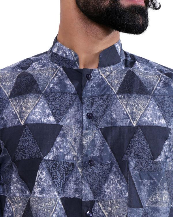 Blue grey triangle shirt 1
