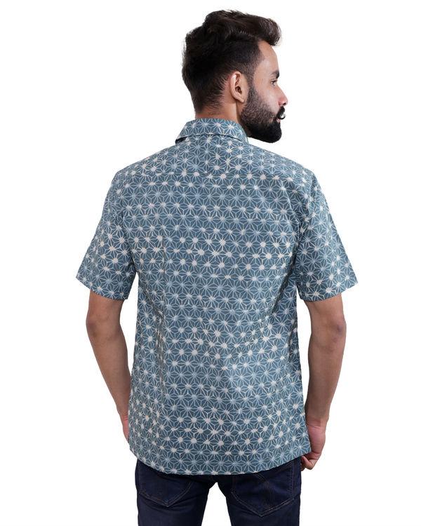 Blue geometric print shirt 2