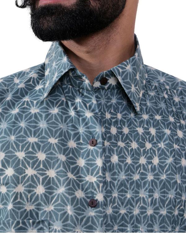 Blue geometric print shirt 1