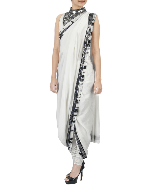 White pre draped saree 1