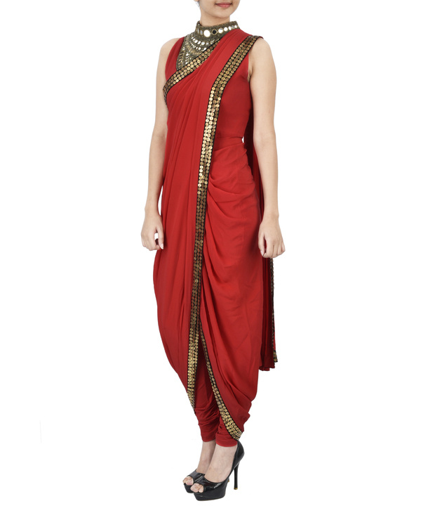 Red pre draped saree 1