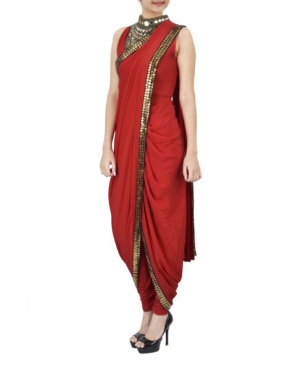 Red pre draped saree 1