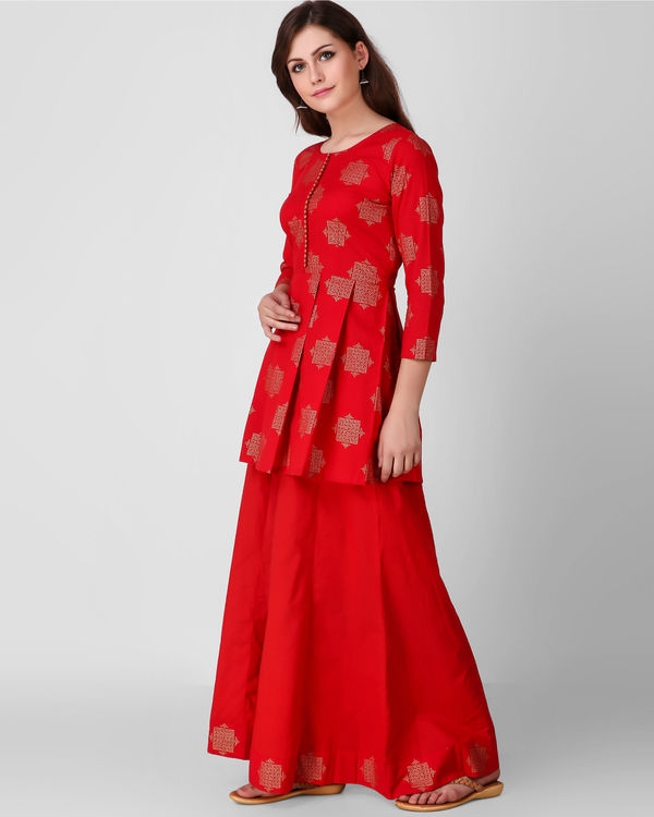 Red golden print pleated set 2