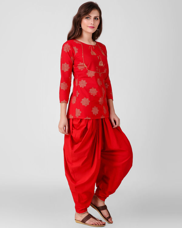 Red golden print dhoti set 1