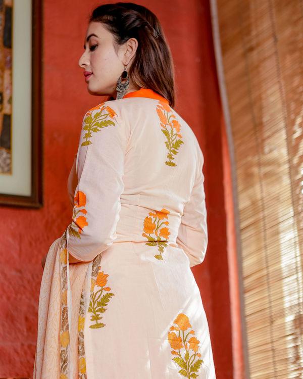Orange and peach floral kurta set 1