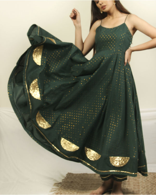 Pine green gota set with dupatta 3