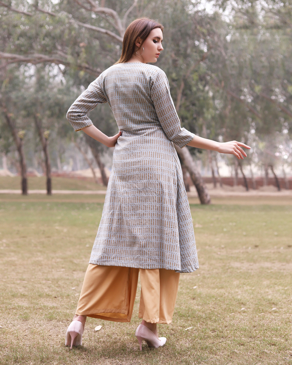 Grey printed angrakha kurta with flared gold pants 2