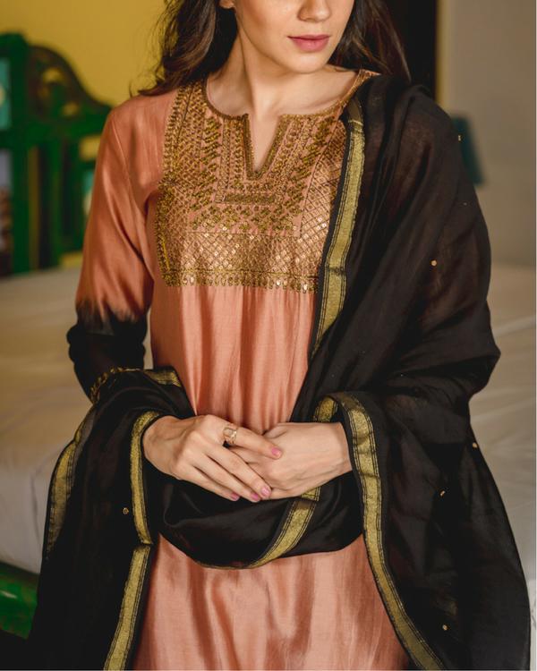 Gulfam aari kurta with dupatta 1