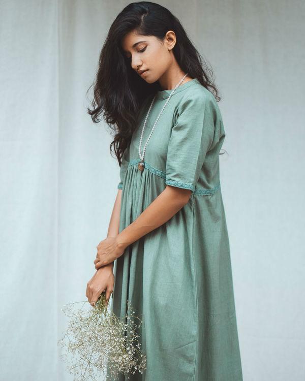 Green frill dress 2
