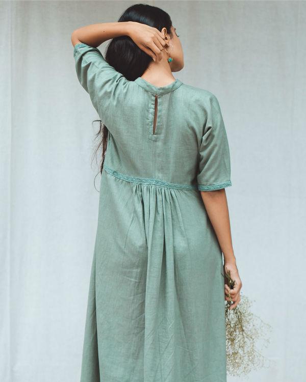 Green frill dress 1
