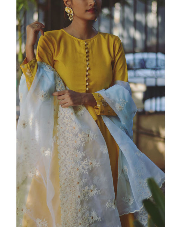 Yellow gold dress with dupatta 1