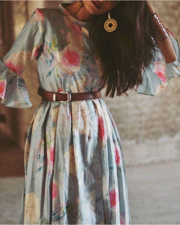 Blue floral bell sleeve dress 2