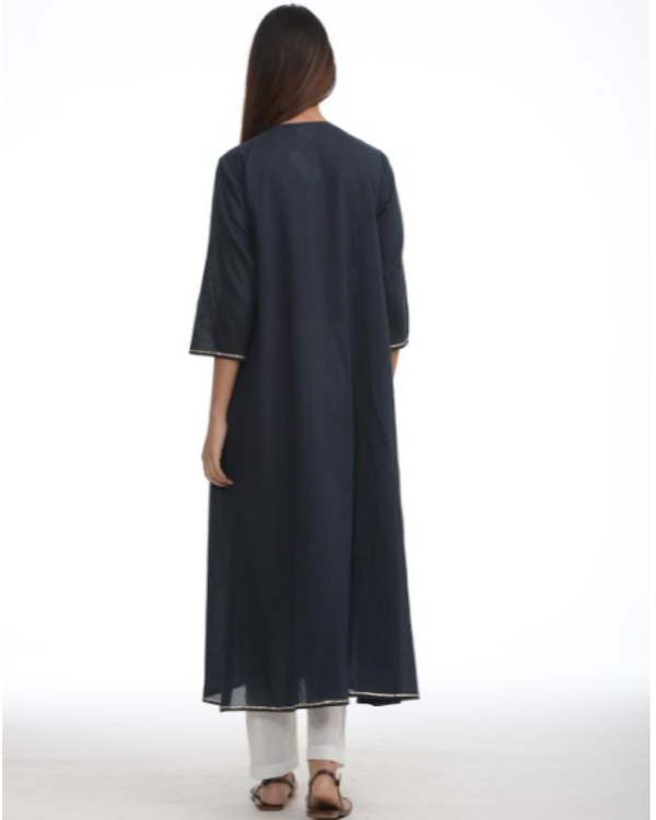 Navy blue tunic with cigarette pants 2
