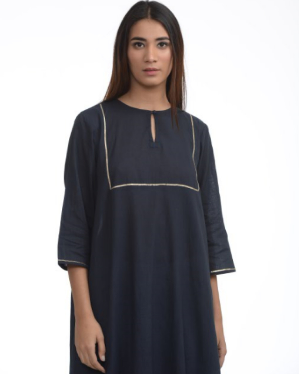 Navy blue tunic with cigarette pants 1