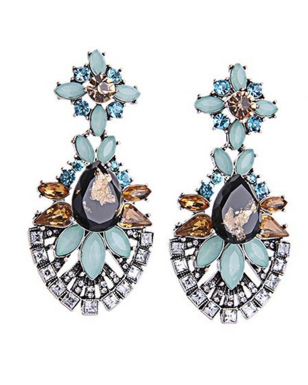 Sea green earrings 1