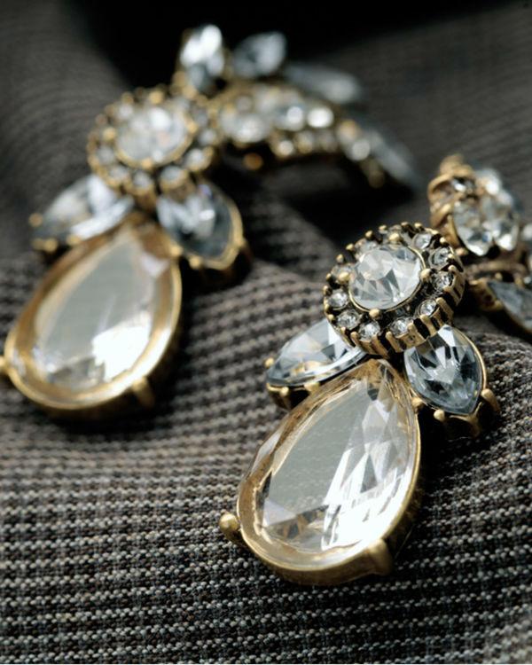 Champagne crystal leaves earrings 1
