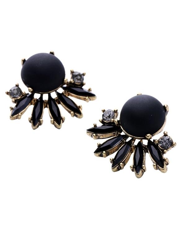 Black stud earrings 1