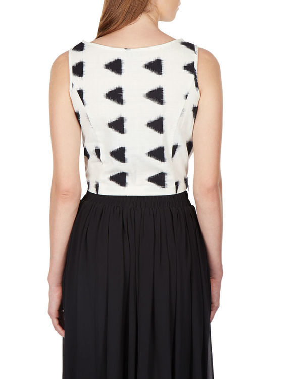 Monochrome ikat crop top 2