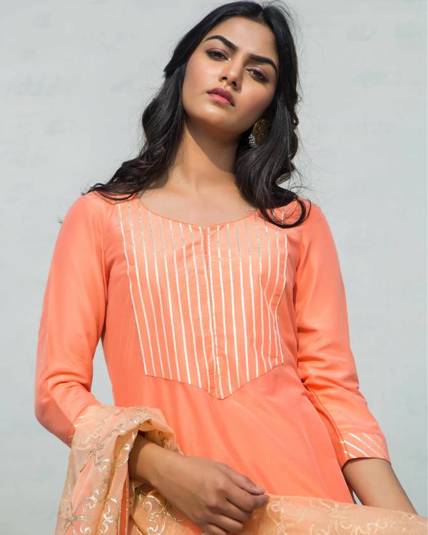 Orange charkhi set with dupatta 1