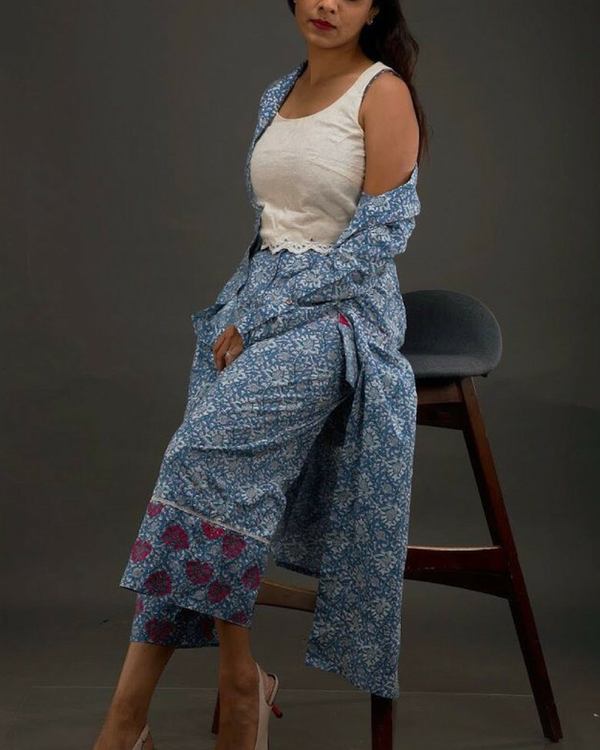 Blue printed crop top with jacket and culottes 1