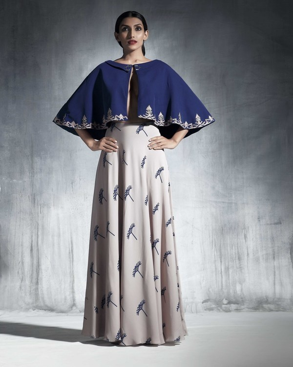 Blue embroidered cape 2