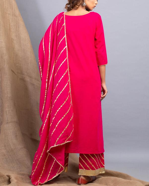 Magenta gota detailed kurta set with dupatta 1