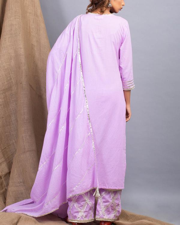 Lavender gota detailed straight kurta set with dupatta 2