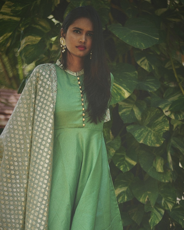 Green flared dress with dupatta - Set of Two 1