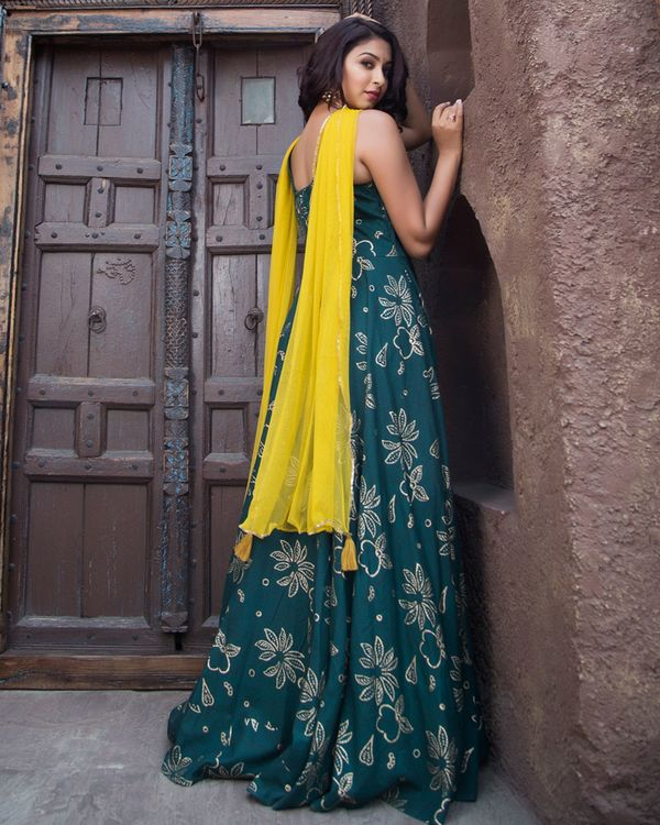 Dark green gold print dress with dupatta - set of two 1