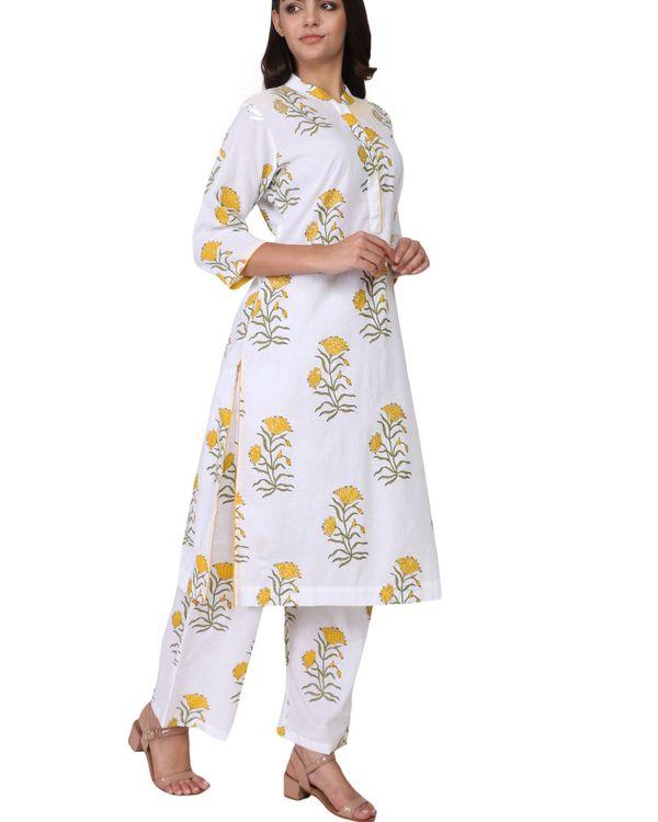 Yellow and green floral print cotton kurta set - set of two 1