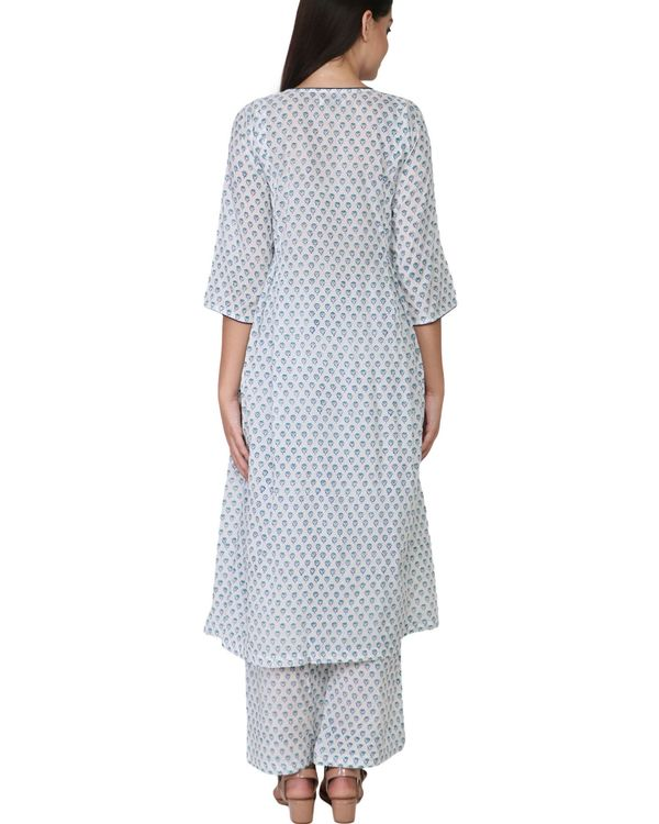Blue floral print cotton a-line kurta set - set of two 2