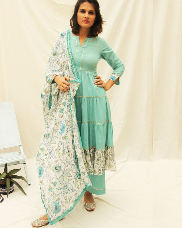 Bluefloral printed frill kurta with gota details and plain pants- set of two 2
