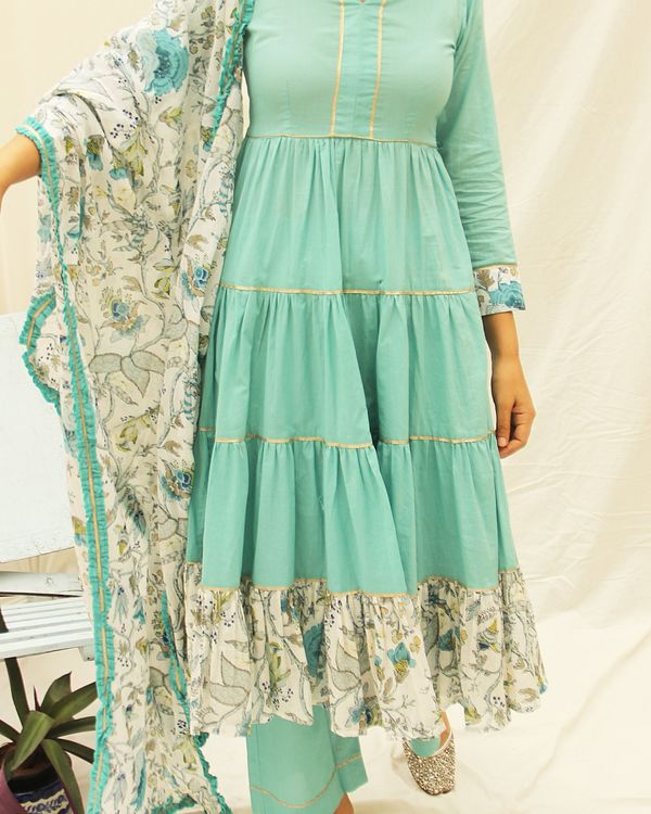 Bluefloral printed frill kurta with gota details and plain pants- set of two 1