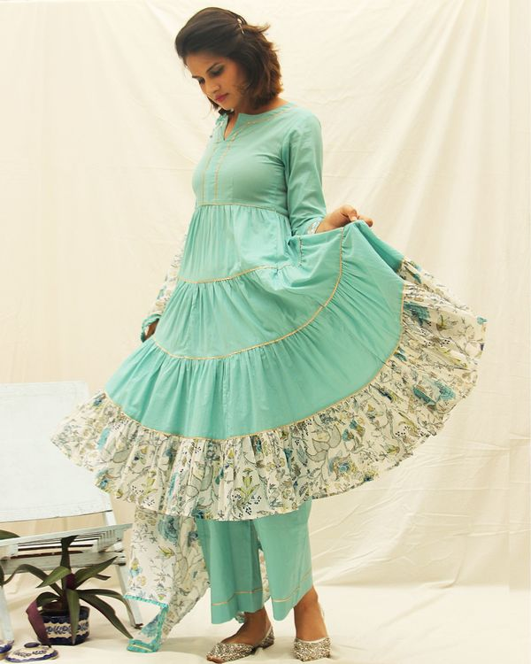 Plain blue frilled kurta with Gota details paired with blue pants and printed floral dupatta - set of three 2