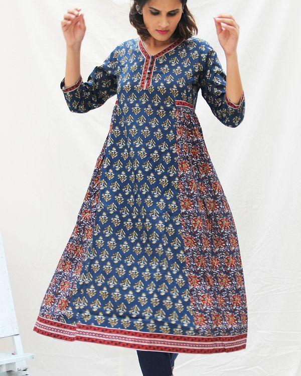 Navy blue printed kurta with straight pants- set of two 1