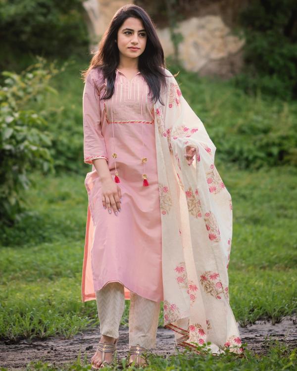 Peach chanderi gota suit set with printed dupatta- set of three 1