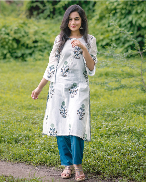 Pastel floral print straight kurta with deep blue pants- set of two 2