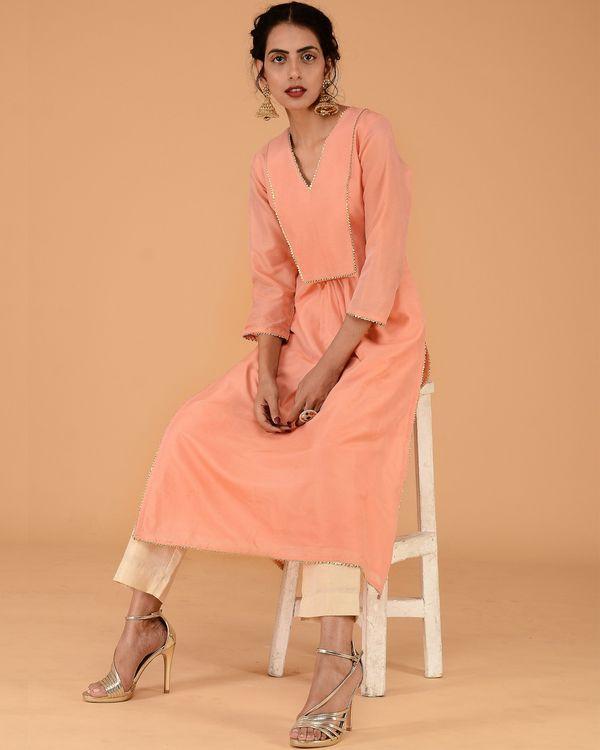 Peach chanderi pleated kurta set with straight pants - set of two 1