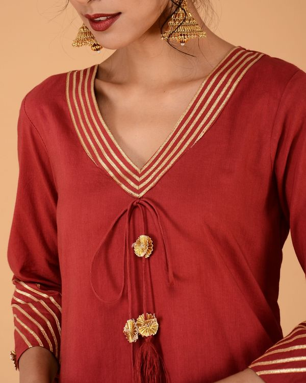 Red kurta with straight golden pants- set of two 2