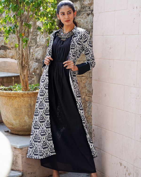 Black and white ikat printed jacket with dress - set of two 1